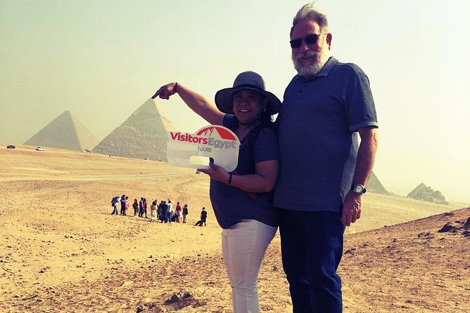 Day Tour to The Great Pyramids of Giza & Sphinx