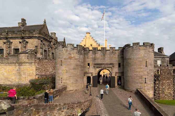 Private Tour - Stirling Castle, Loch Lomond & The Trossachs