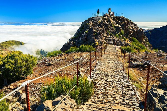 Achada do Teixeira to Pico Ruivo Hiking