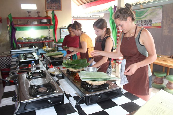 Balinese Cooking Class (Visit Monkey Forest Ubud and Elephant Cave Temple Tour)
