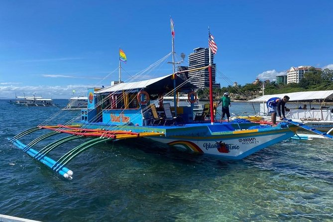 8 Hour Fun and Spacious Boat Rental in Cebu (many amenities)