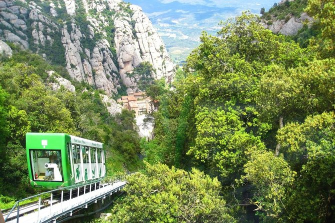 Marvellous Montserrat Private Day Tour : Train & Cable-car tickets Included photo 3