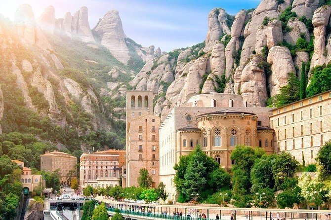 Marvellous Montserrat Private Day Tour : Train & Cable-car tickets Included photo 7