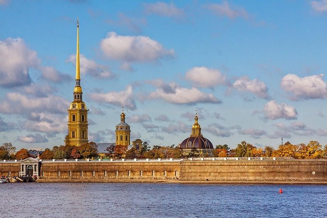 Private Shore Excursion: All Highlights of St. Petersburg in 3 days