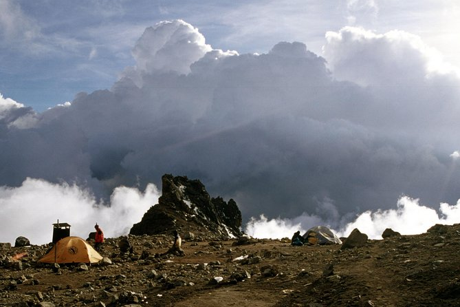 6-Day Private Guided Hiking Tour to Kilimanjaro Umbwe Route