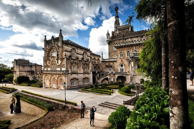 Bussaco Palace, Gardens & Forest Halfday Tour photo 6