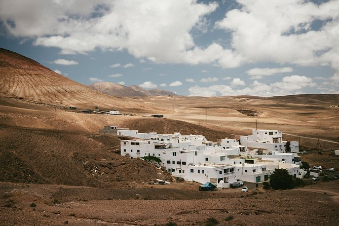 Private Airport Transfer: Lanzarote Airport (ACE) to Yaiza