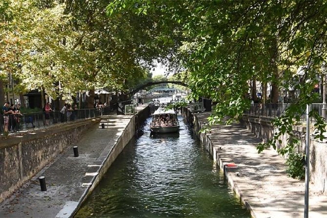 "Romantic Cruise ""The Old Paris"" on the Canal Saint Martin"