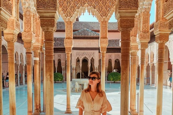 Experience Alhambra, Nasrid Palaces, Generalife & 8 Other Attractions/Monuments