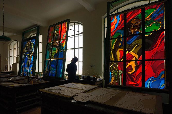 Skip the Line: Stained Glass Museum Guided Entrance Ticket