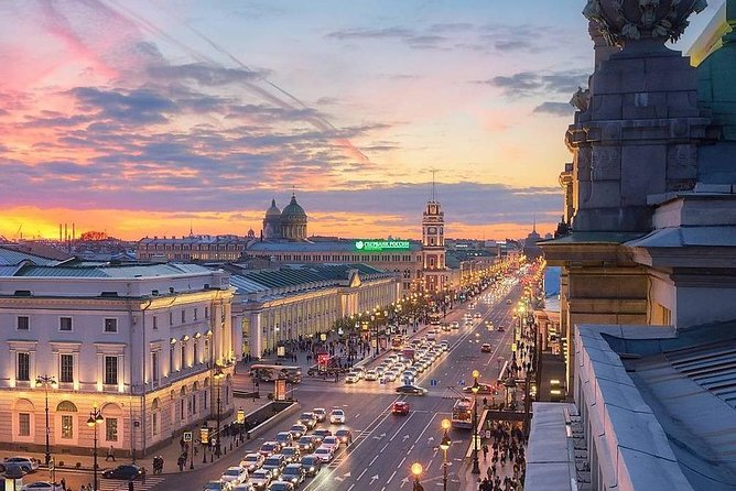 Walking and metro Tour by Saint-Petersburg