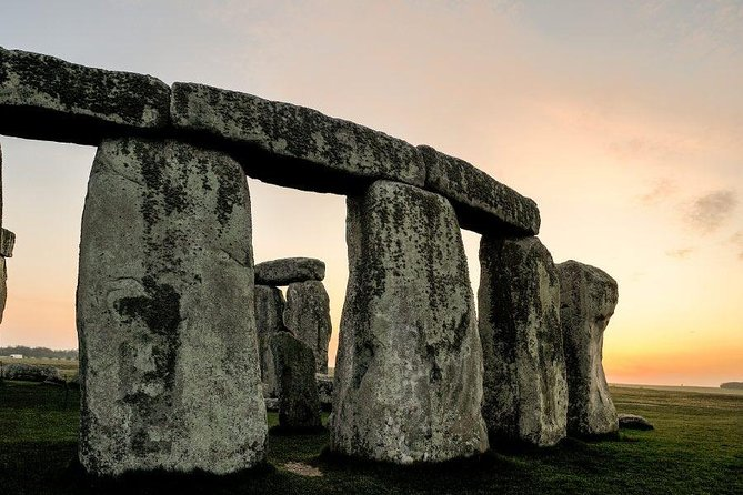 Stonehenge, City of Bath & Salisbury Cathedral Private Tour for 4-5 travelers photo 8