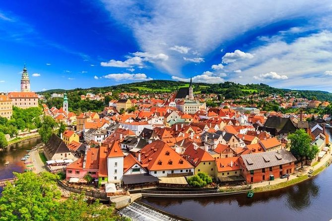 Private transfer from Prague to Salzburg ( VAN up to 7 pax )