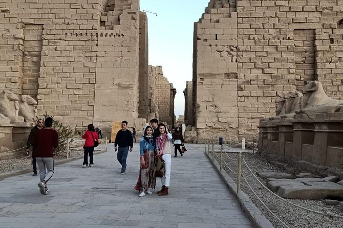 Full Day Tours to Luxor East and West Banks from Luxor city