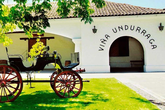 Full Day Tour Isla Negra Island + Pomaire + Undurraga Vineyard from Santiago
