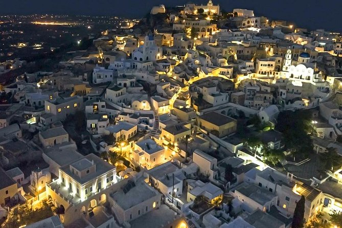 Private excursion Explore the village of Santorini with its medieval castle! photo 4