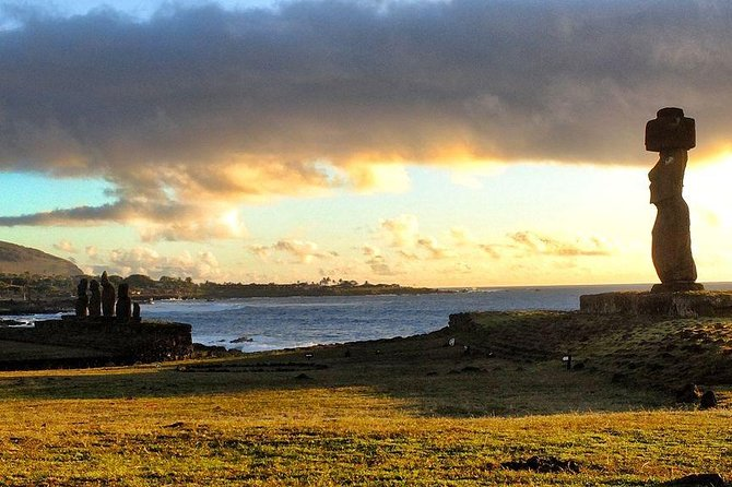 Sunset Excursion to Ahu Tahai in Easter Island photo 3