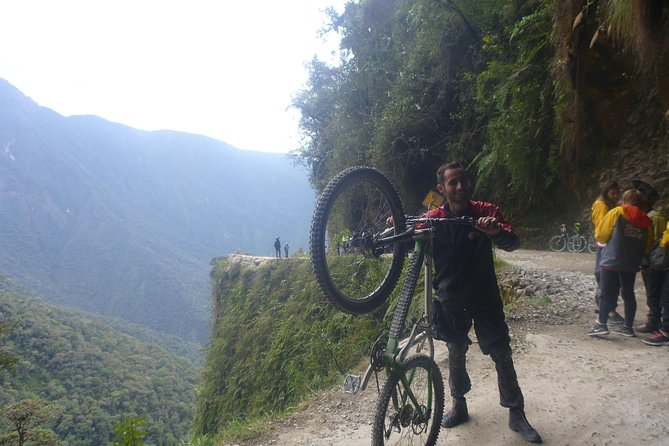 100 % adrenaline in the famous Death road Bolivia
