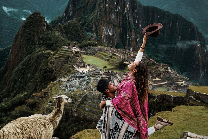 Best of Cusco in 2-Days: Sacred Valley and Machu Picchu with Free Airport Pickup