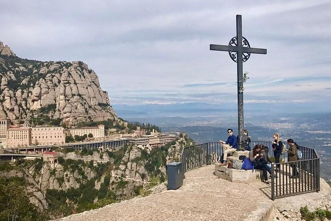 Montserrat Monastery Premium Tour: Cable Car & Farmhouse Lunch included