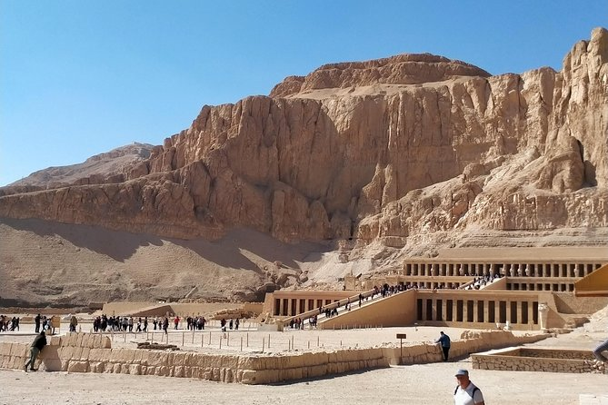 Day tour West Bank valley of the king's and Hatshepsut mortuary temple