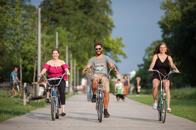 Vintage Bike Tour: Be a local in the hood of Belgrade!