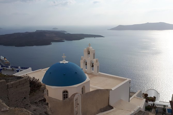 Spring time tailor made tour - Santorini highlights