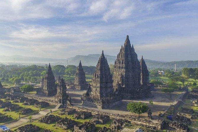 Yogyakarta Sultan Palace – Tamansari Water Castle – Prambanan Temple