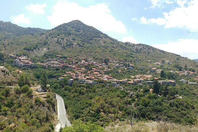 Escooter & walk exploration combo - Pitsilia - Troodos - from Nicosia