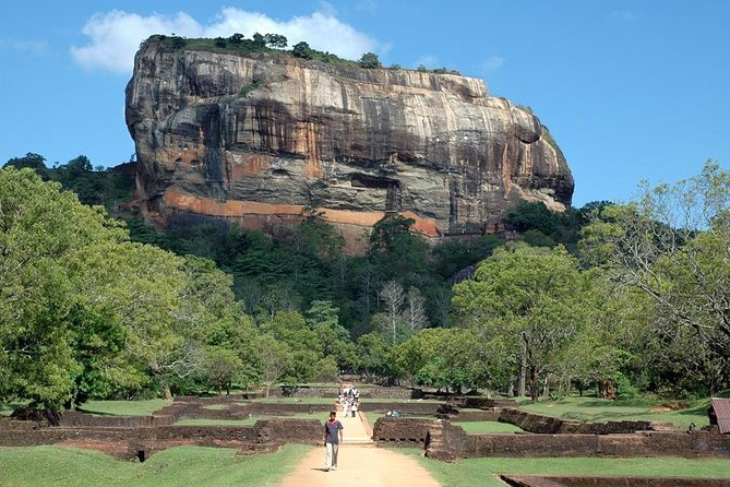 Day-trip from Kandy to Dambulla & Sigiriya & more - Highlights tour photo 1