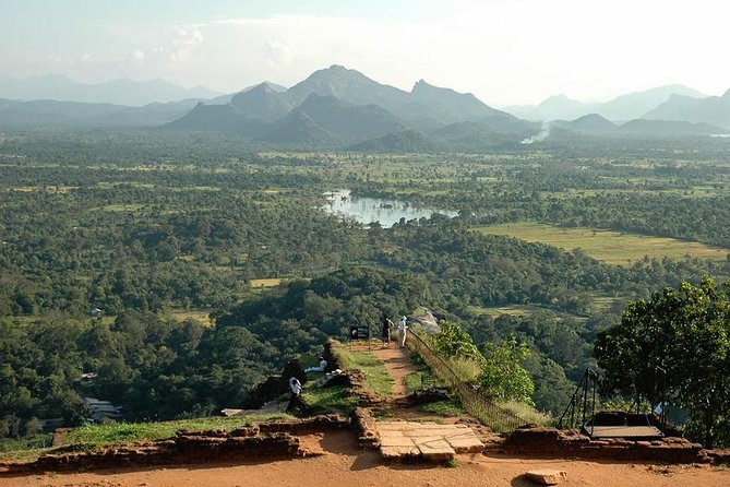 Day-trip from Kandy to Dambulla & Sigiriya & more - Highlights tour photo 4