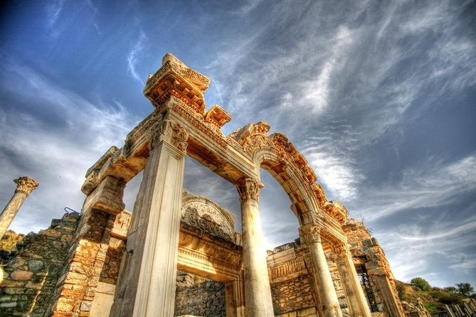 Private Tour to Archaeological Sites in Ephesus Including Lunch & Entrance Fees