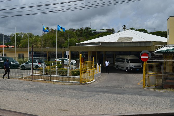 St Lucia Ground Transportation- Hotel and Airport Transfers GFLC/UVF