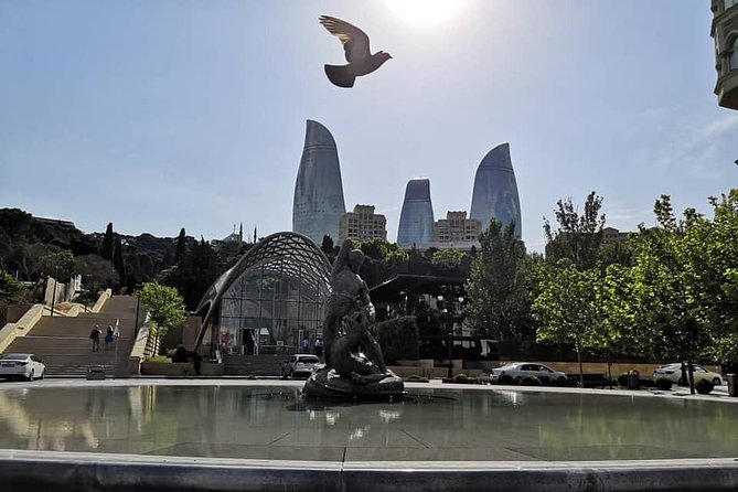 Private Old City & Modern Baku Tour photo 9
