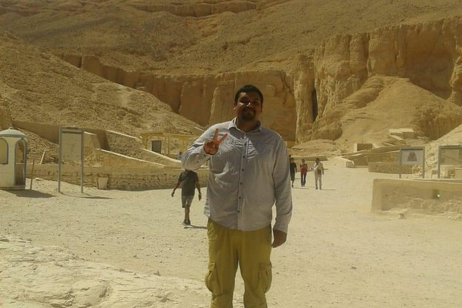 private tour from Hurgahda to Valley of the Kings,Hatsheput Temple,Karnak Temple photo 7