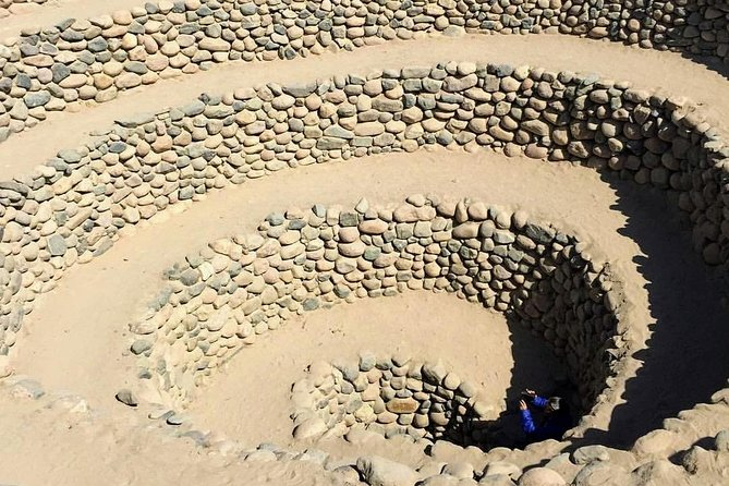 Tour 2 days Ballestas Islands + Huacachina + City Tour Ica + Nazca Lines + Aqueducts