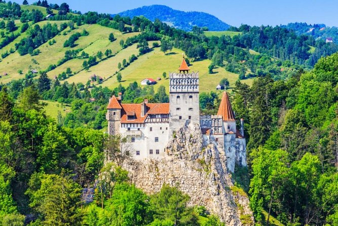 Dracula's Castle, Brașov city and Peleș Castle, Private tour photo 1