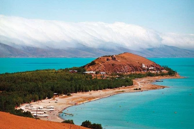 Private tour to Garni-Geghard-Arch of Charents-Tsaghkadzor-Lake Sevan photo 6