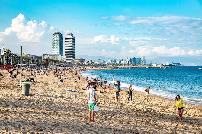 Barcelona Private Bike Tour : Explore City Beaches & Olympic Village