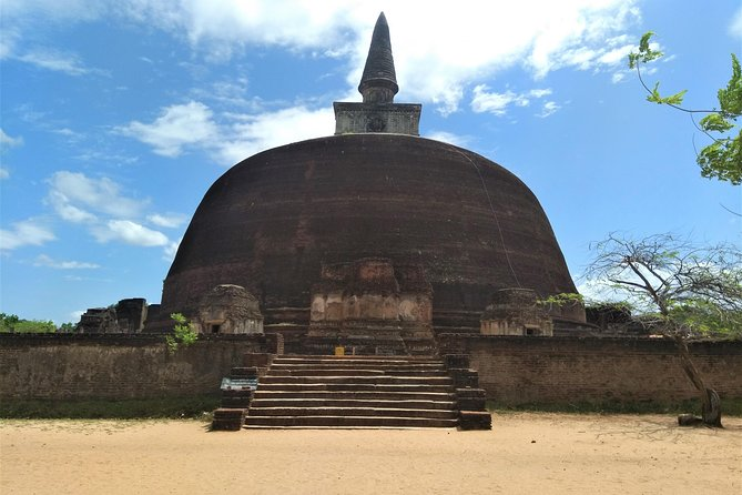 Day our to Polonnaruwa Ancient City from Negombo. photo 12