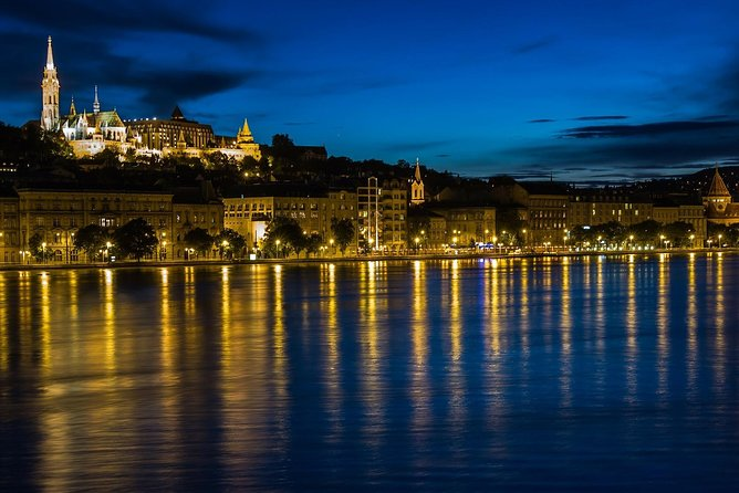 Royal Cars Budapest - Your Ultimate Night Tour