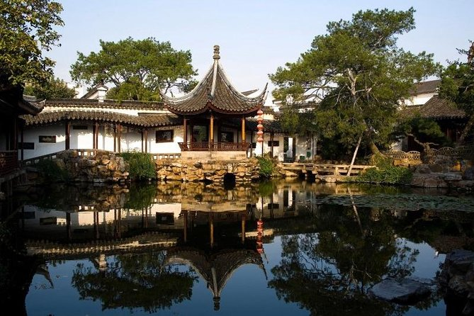 Full-Day Suzhou Gardens Private Tour with Local Guide photo 3