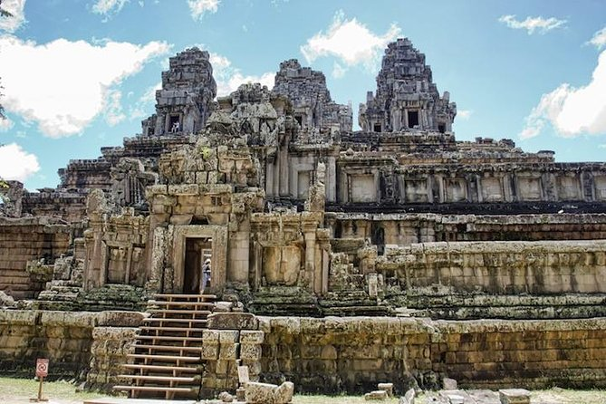 Full-Day Temples of Angkor Small Group Tour - Free Hotel Pick up