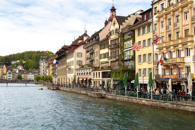 Architectural Walk of Lucerne with a Local