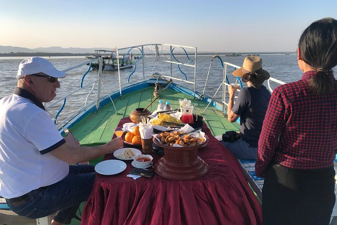 Sunset Cocktails On Boat