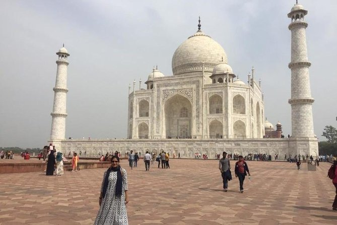 Private Trip To Agra To See The Taj Mahal & Agra Fort from Delhi photo 2