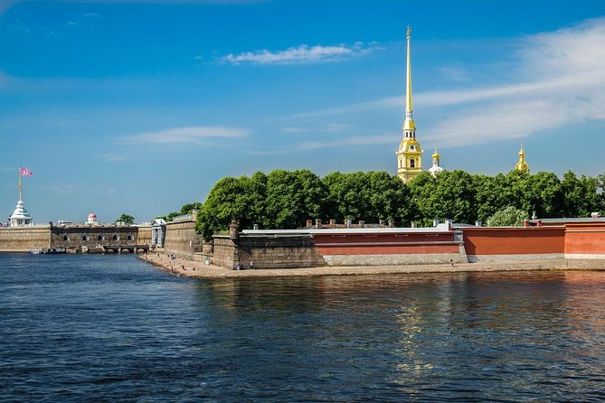 Join-in Tour: Highlights of St. Petersburg and Moscow