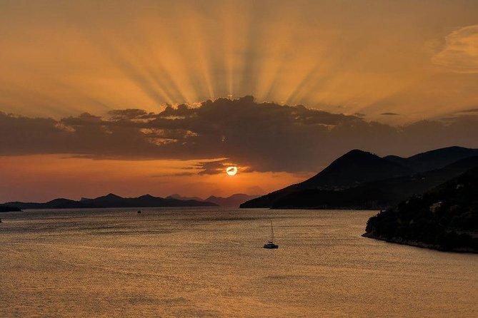 Golden hour Catamaran SUNSET CRUISE