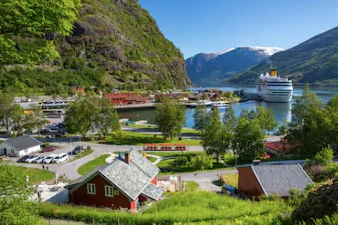 Return Flam Day Discovery by Bus and Boat