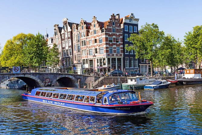 Gray Line Amsterdam City Canal Cruise with Snackbox